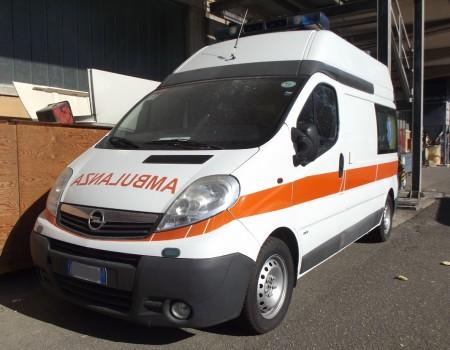 Rif. A100 – Ambulanza su Opel Vivaro Van 2.500TD