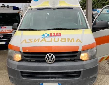 Rif. A120 – Ambulanza su VW Transporter T5 Kombi – 4×4